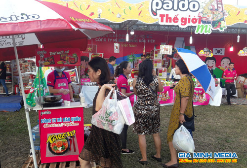 sampling-hoat-nao-mi-han-quoc-tai-hoi-cho-am-thuc-viet-han-2018 (36)