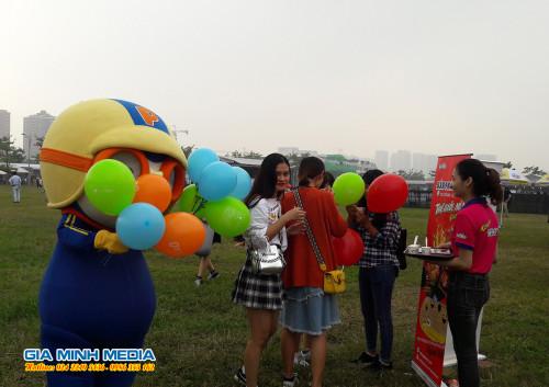 sampling-hoat-nao-mi-han-quoc-tai-hoi-cho-am-thuc-viet-han-2018 (23)